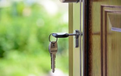 Landlord vs. rental letting agent: what are the pros and cons?