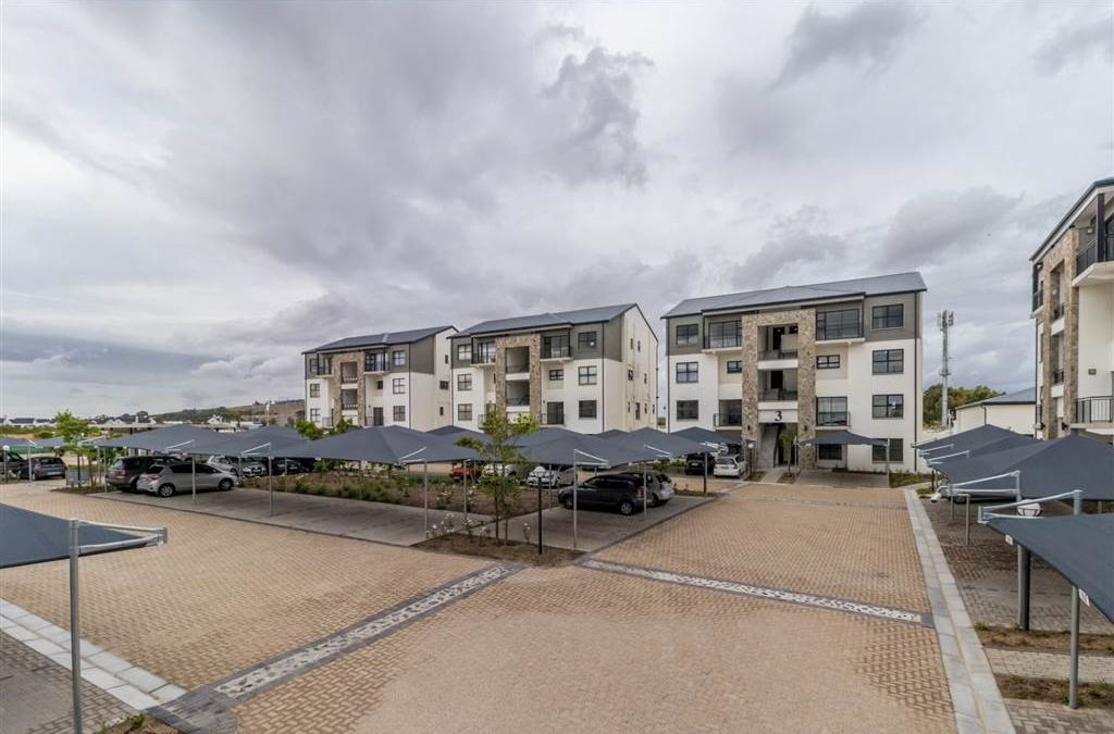 2 Bed Apartment in Somerset Park