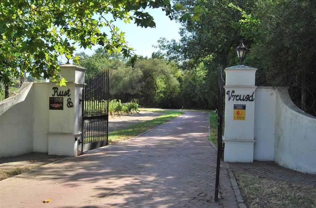 4.4 ha Farm in Paarl