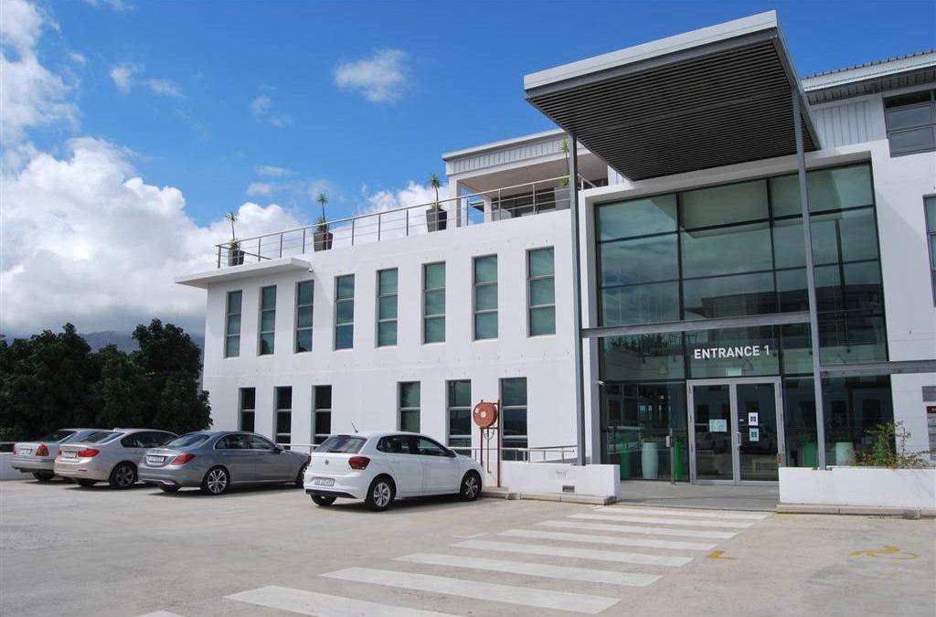 196  m² Office Space in Paarl