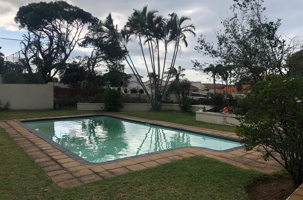 5 Bed House in La Lucia